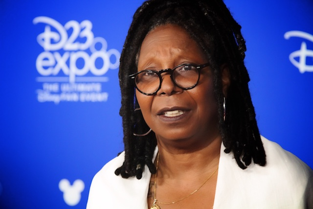 WHOOPI GOLDBERG NAMED A DISNEY LEGEND AT D23 EXPO, MAKING HER THE ONE AND ONLY LEGOT RECIPIENT!